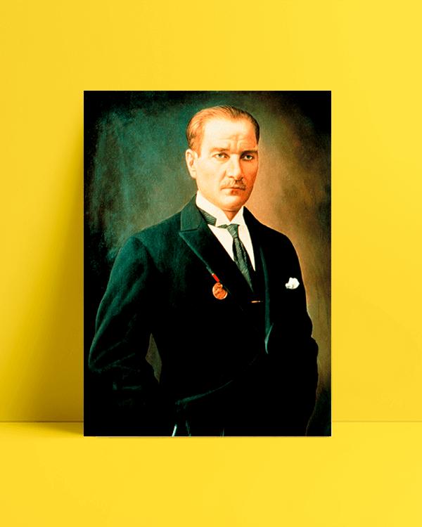 Atatürk Smokin Afişi