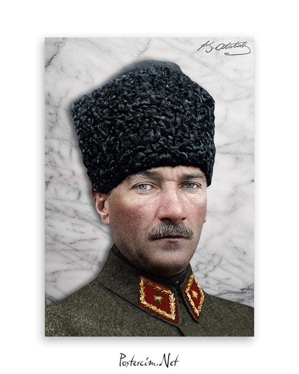 Atatürk Kalpaklı Askeri Üniforma Afişi