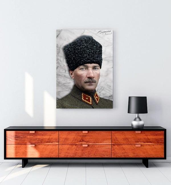 Atatürk Kalpaklı Askeri Üniforma kanvas tablo