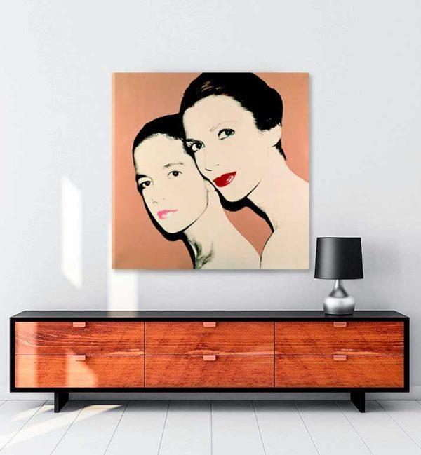Mother-and-daughter-Tina-and-Lisa-Bilotti-kanvas-tablo